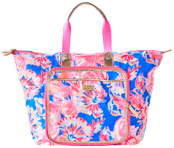 51d070c545d42a The bright colors of this pattern draw me in, and they look absolutely  perfect for a travel tote! It would be great to use for a weekend getaway  or as a ...
