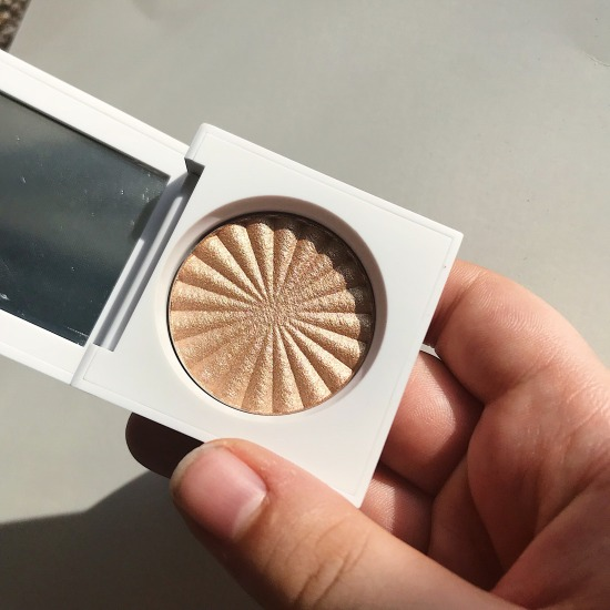 Ofra Rodeo Drive Highlighter - A Midwest Belle